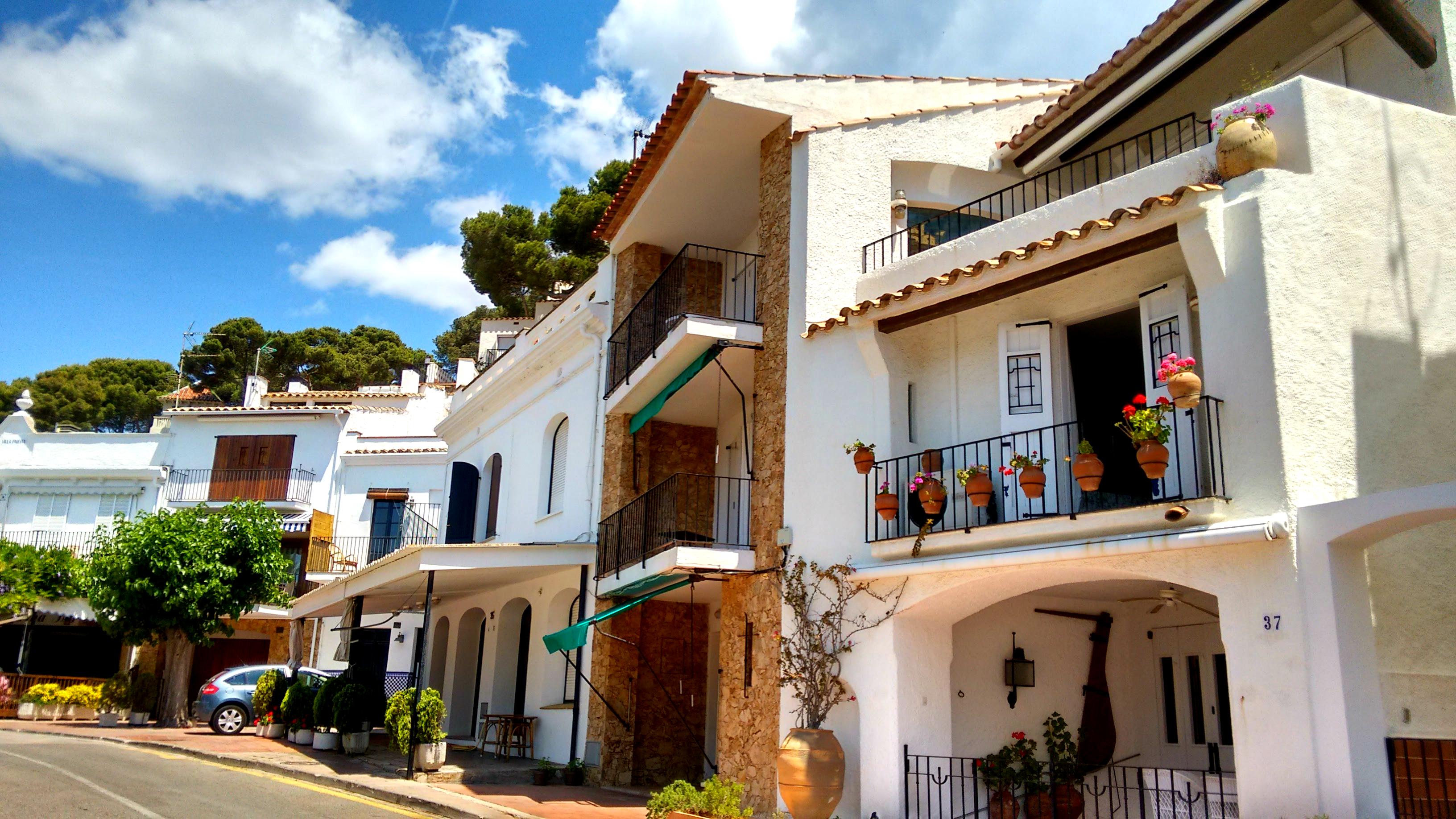 Llafranc beach houses