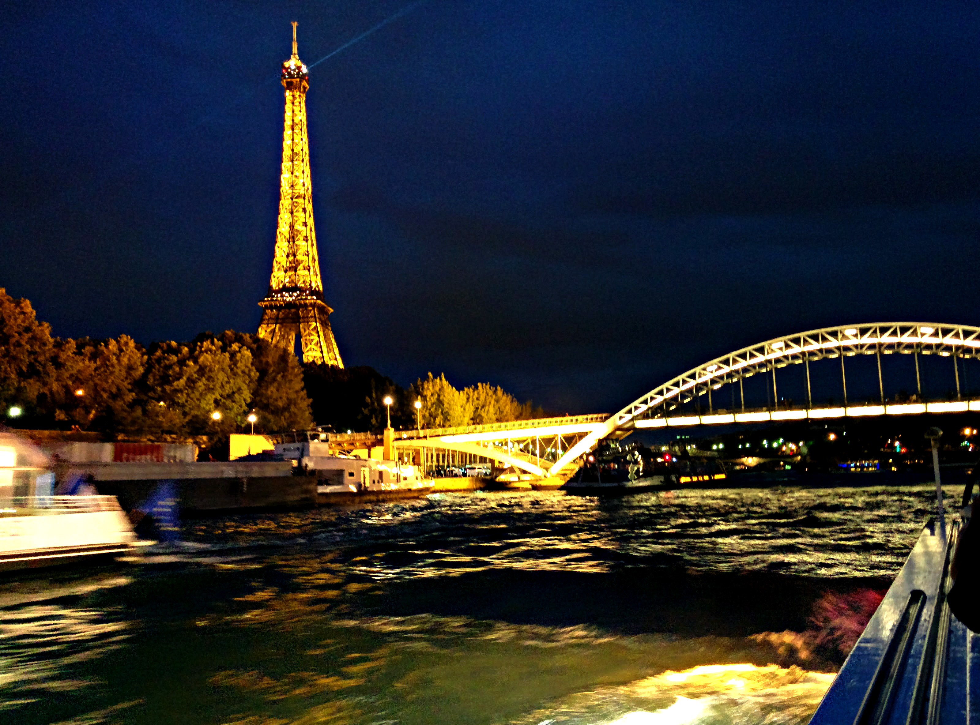 Paris-eiffel tower night view