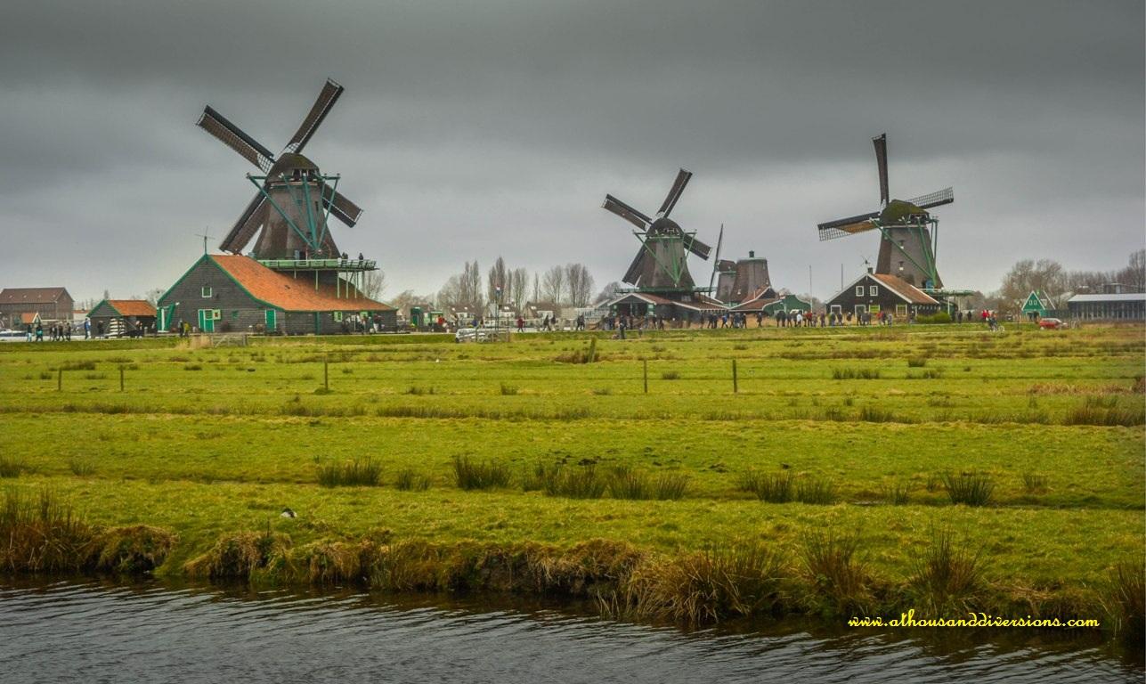 windmillsfromdistance